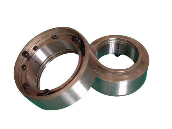 Mixer shaft head seal